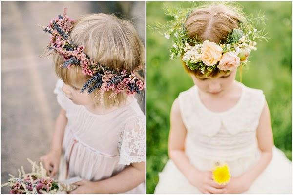 Dziewczynki z kwiatami na ślubie