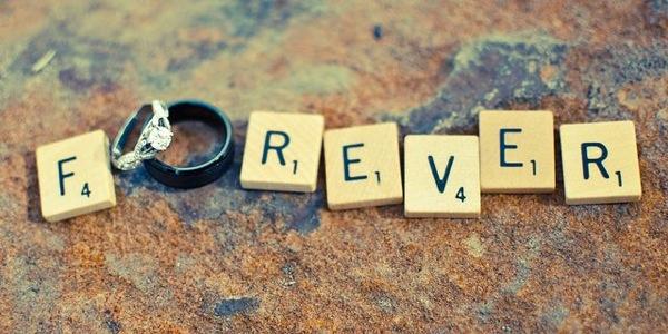 Uwiecznij moment - pierścionek zaręczynowy