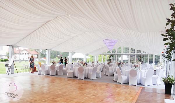 organziacja wesela w namiocie