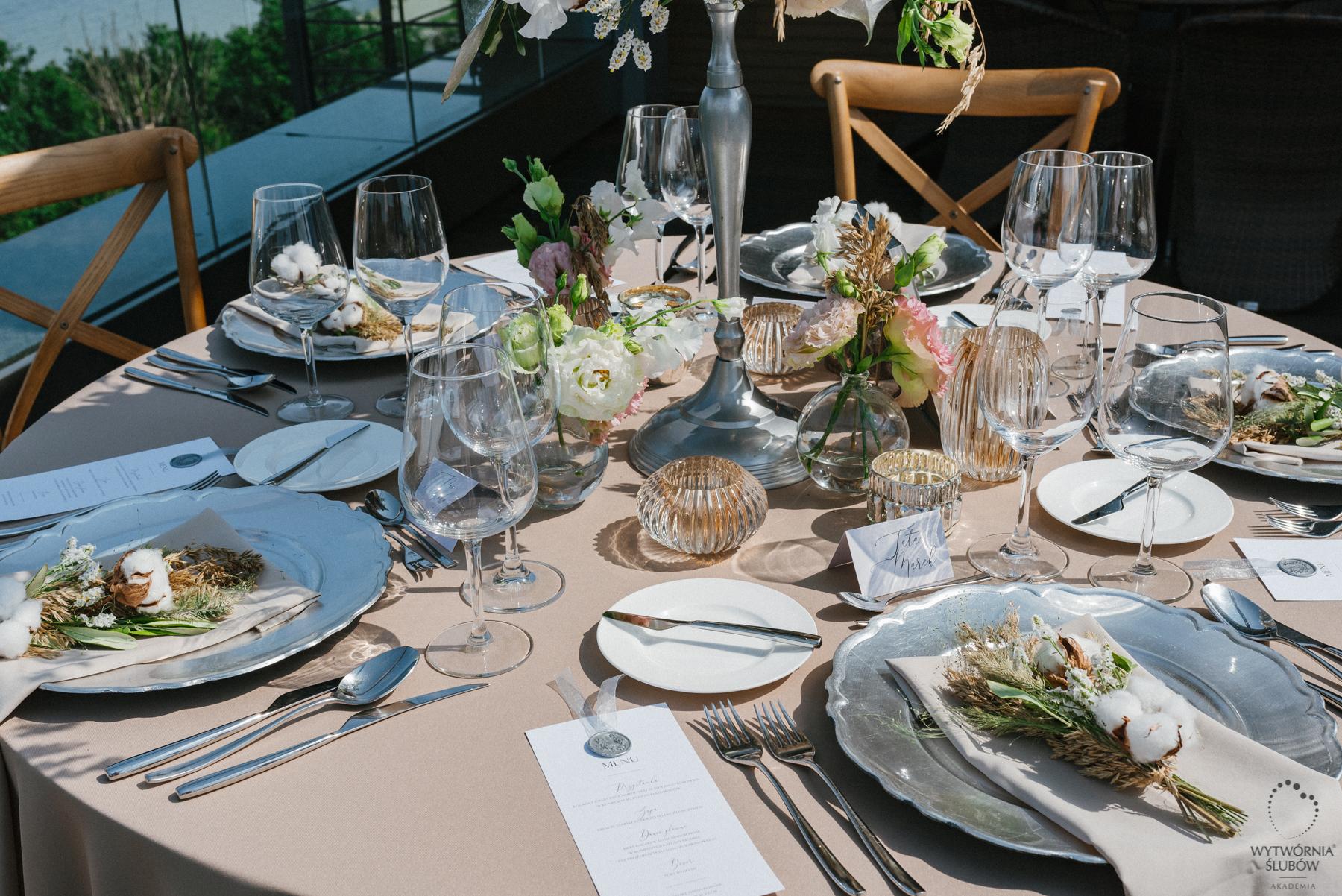 ozdoby stołu - stoły weselne