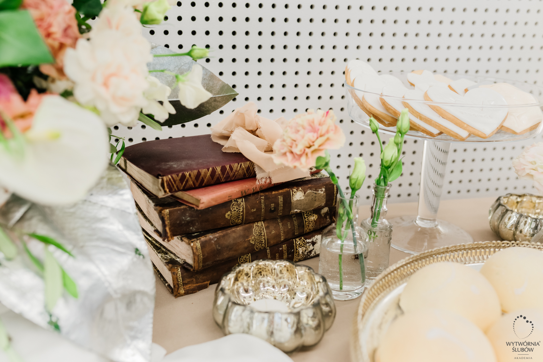 Akademia Wytwórni Ślubów - detale dekoracji